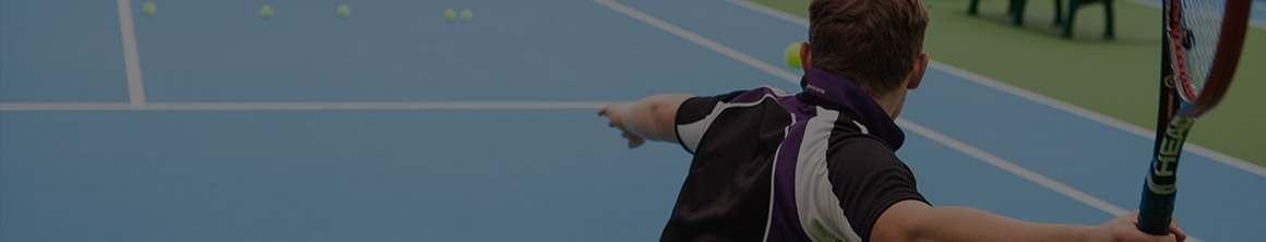 Sprzęt do tenisa, od siatek do treningu