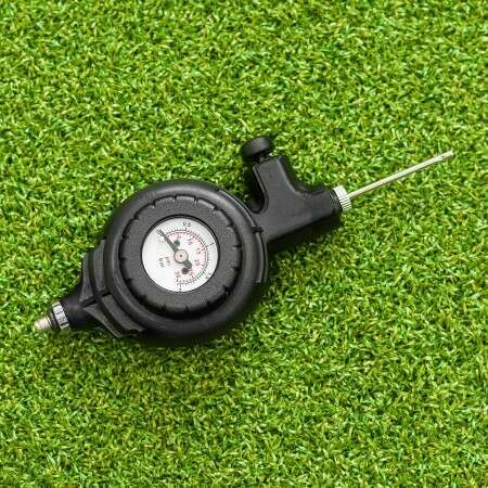 Pressure Gauge Reader For Soccer Balls