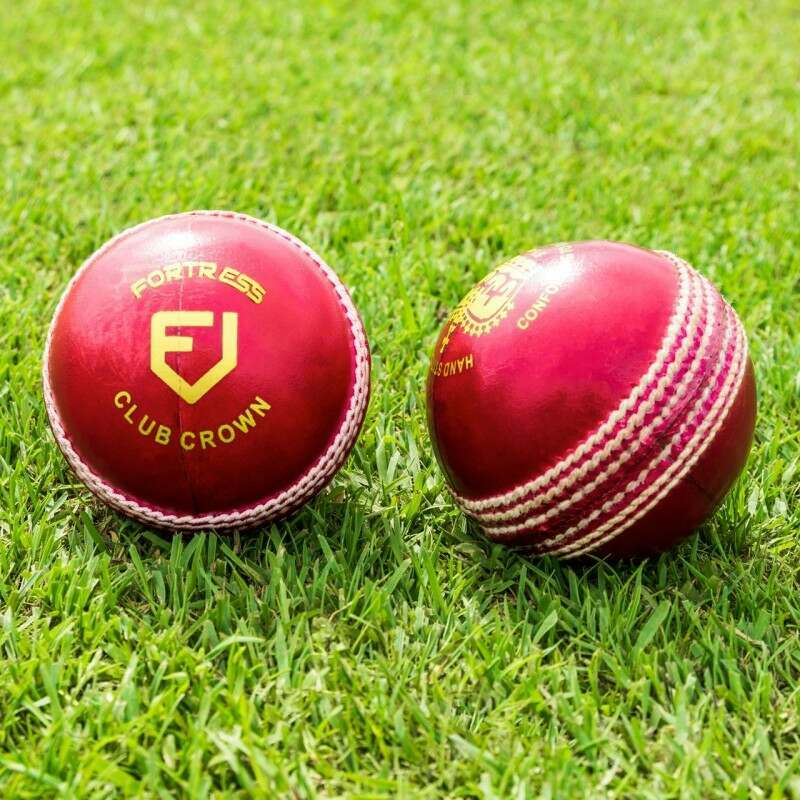 Pack Of 6 Club Crown Cricket Balls