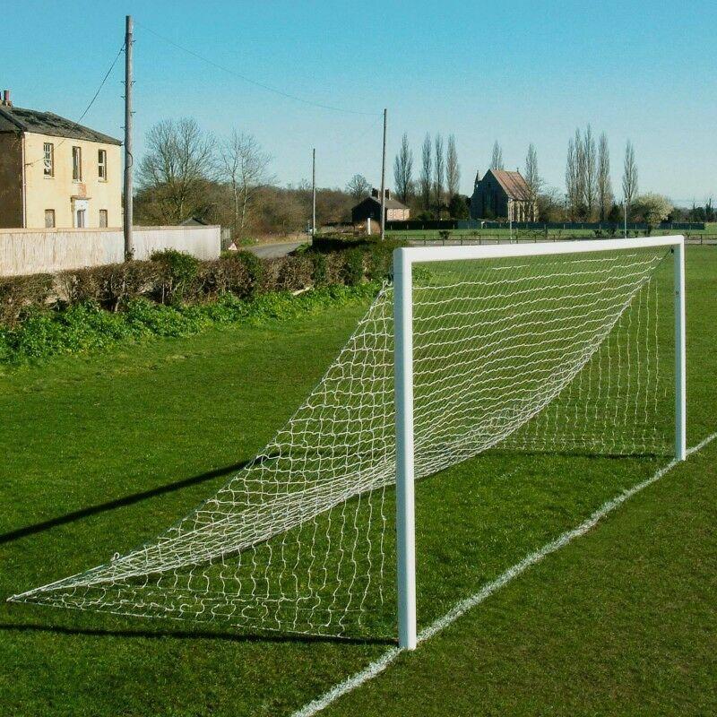 Striped/Two Colour - Straight Back Football Net (Football Net Set)
