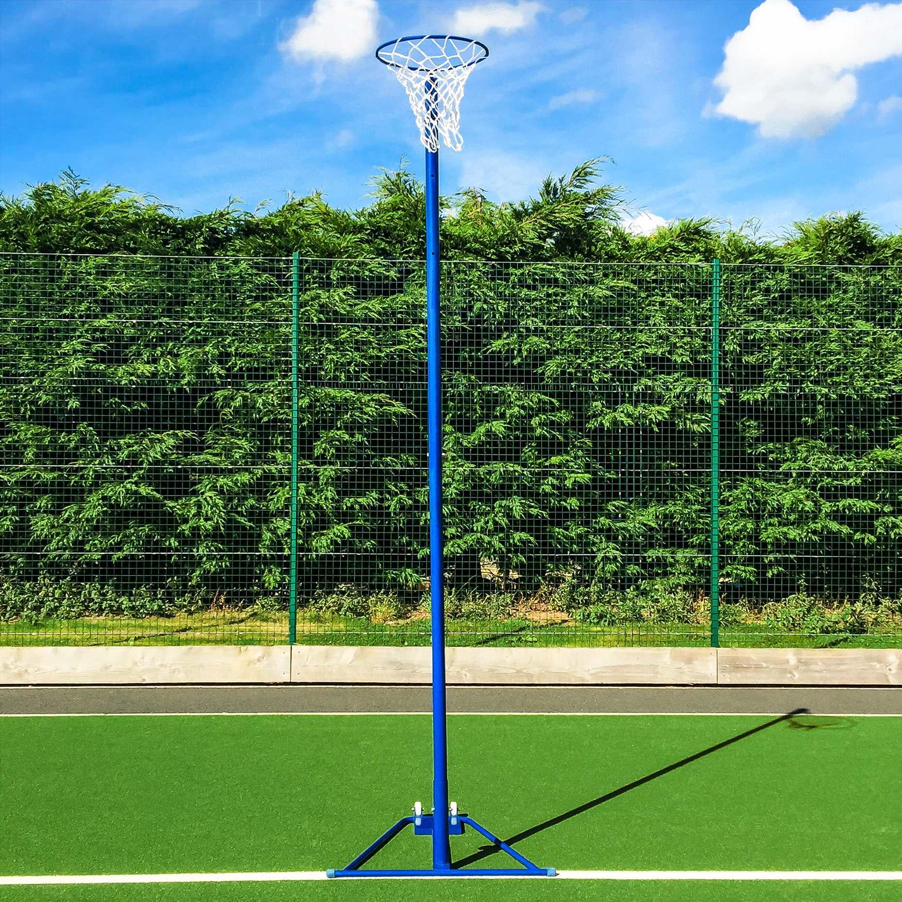 Freestanding Blue Netball Post [School Standard]