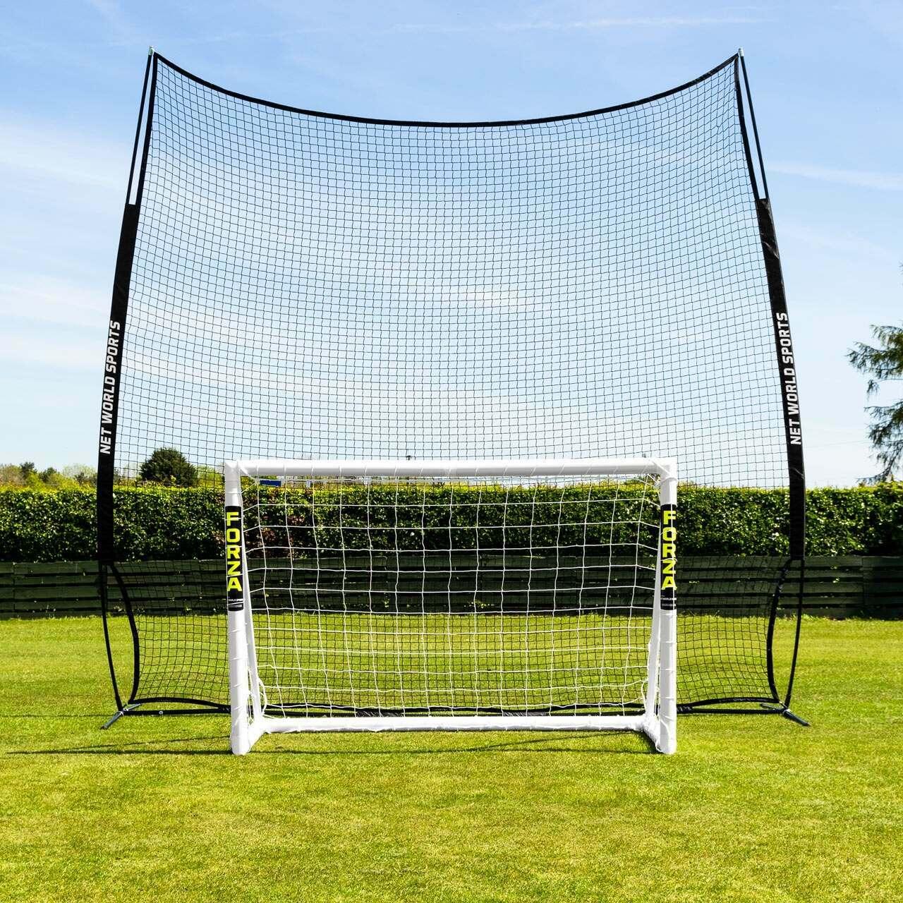 Pop-up Stop That Ball™ - Bollstoppande nät & stolpsystem