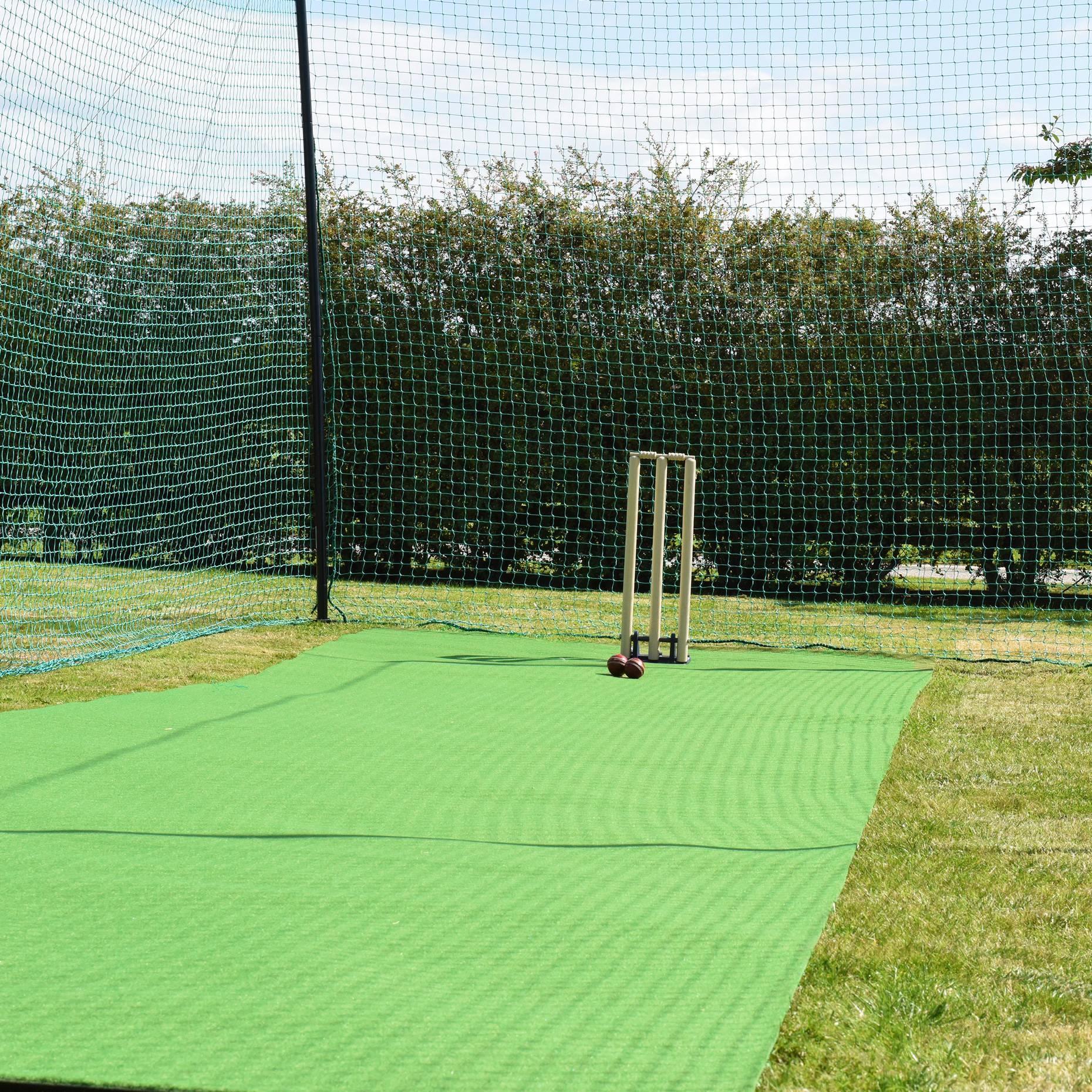 Roll Down (Lightweight) Cricket Matting - 2m Wide (Indoor/Outdoor)