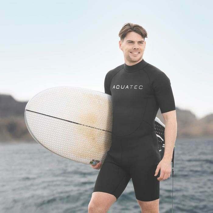 swimming wet suit
