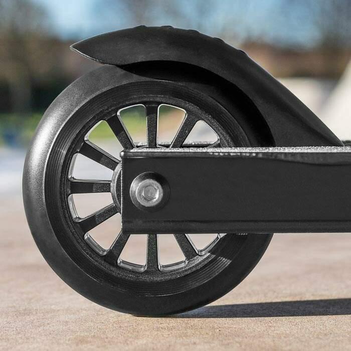 skatepark scooter