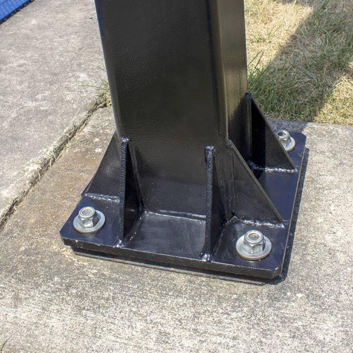 Pole Mounted Basketball Hoop