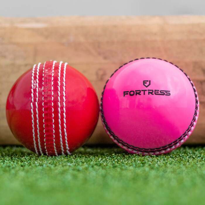 Cricket Incrediballs In Red Or Pink | Junior & Senior Size Available