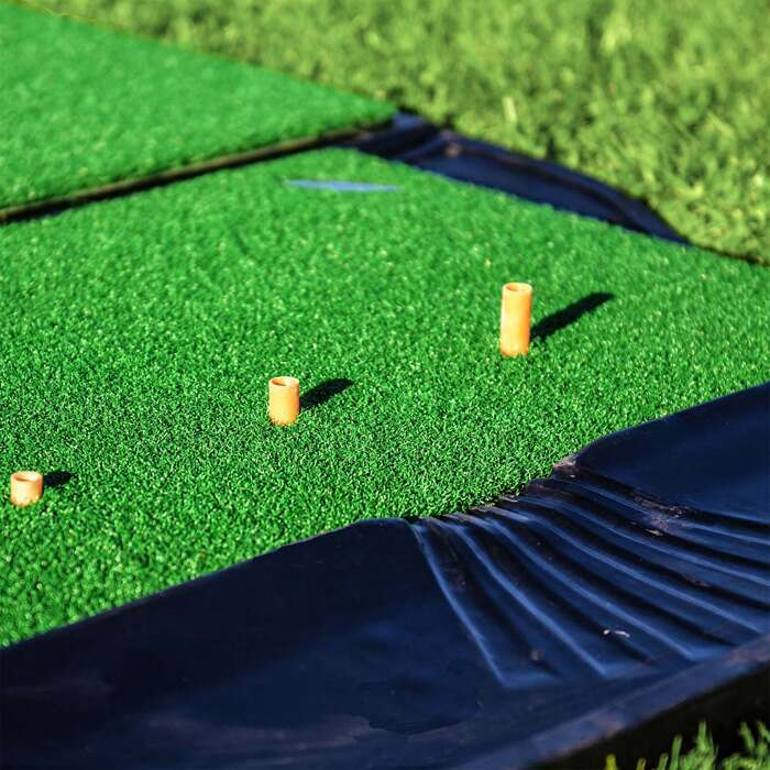 Golf putting green practice at home