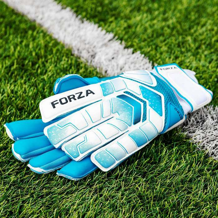 Matchday Football Goalkeeping Equipment | Easy To Carry Football Goalie Gloves With A Carry Bag