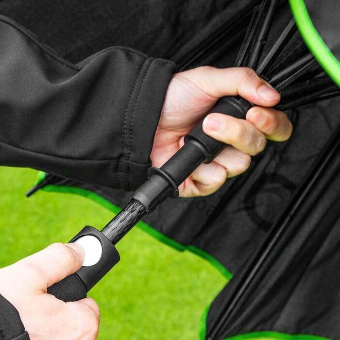 Ombrello da golf con telaio in vetroresina e pulsante di bloccaggio