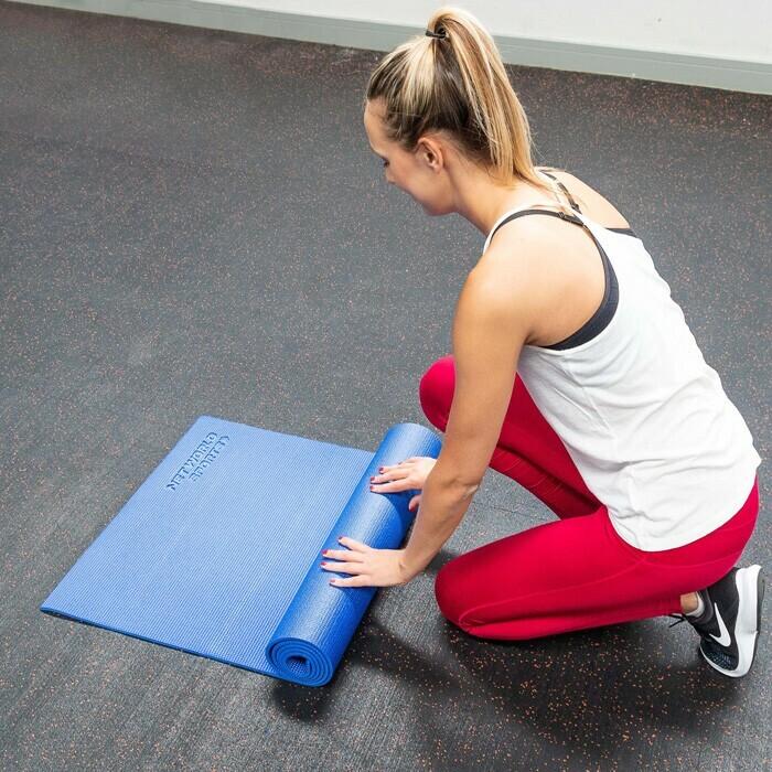Zusammenrollende Yogamatte für einen einfachen Transport