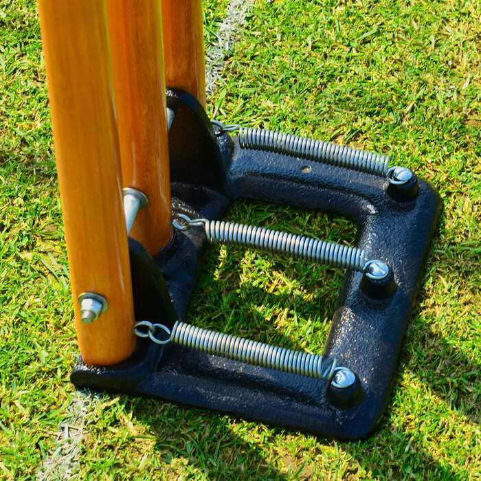 Freestanding Spring Back Cricket Stumps | Cricket Training Equipment