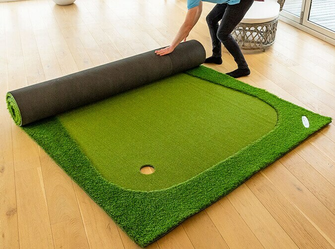 Roll up FORB golf putting mat