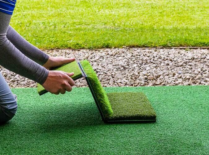 Foldaway golf hitting mat