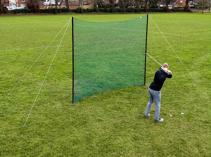 Golf hitting wall for garden practice