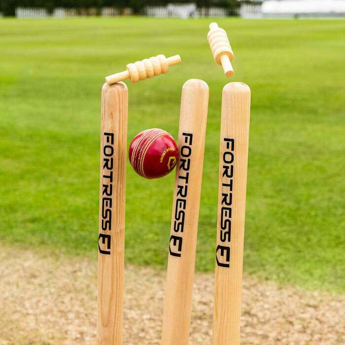 Premium-klassat Cricket Stumps av trä | Senior Cricket Stumps