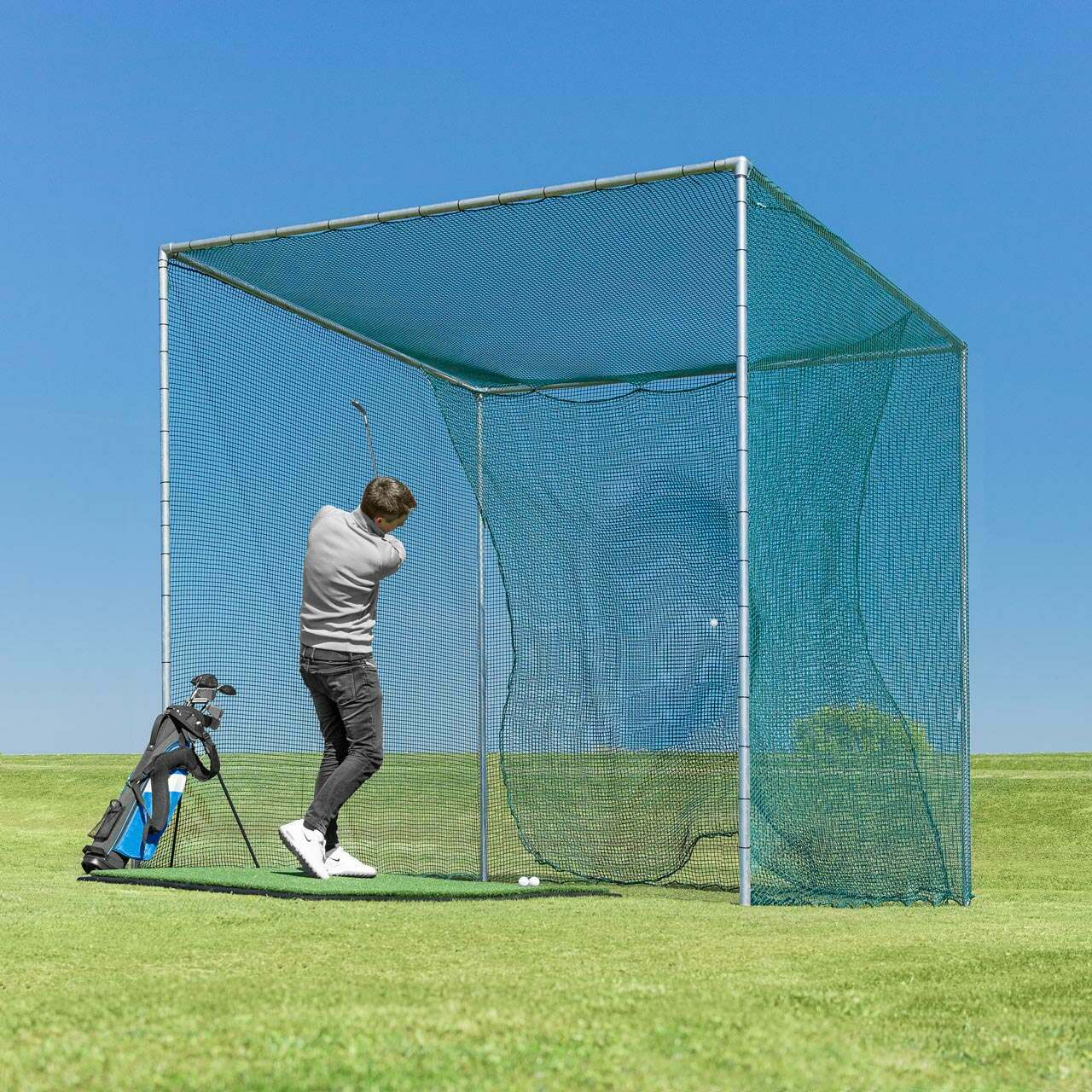 Golf cage for home practice