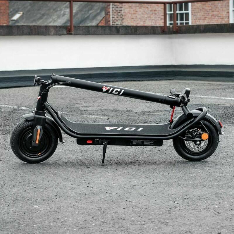 Folding an e-scooter